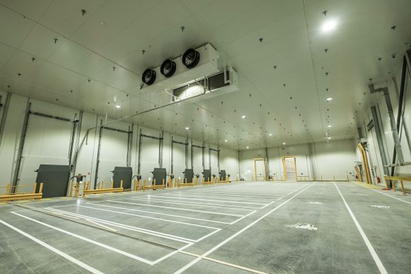 refrigerated warehouse and distribution space with XFLAM Panel